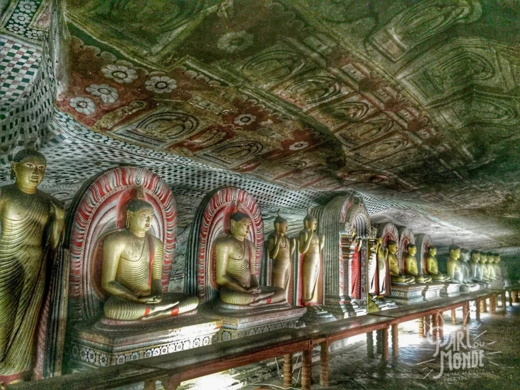 statues-bouddha-dambulla