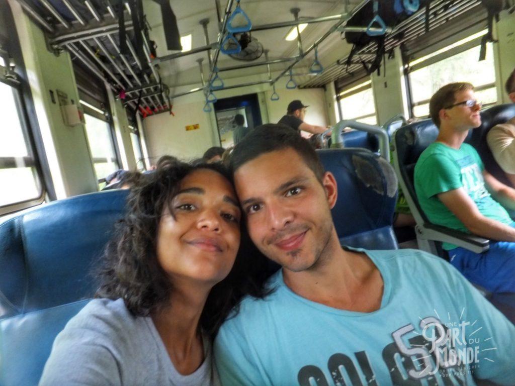 couple train