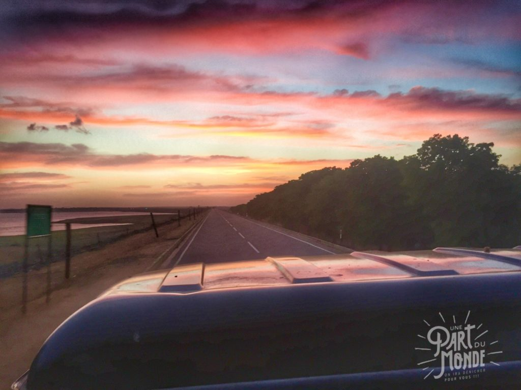 safari uda walawe sunrise