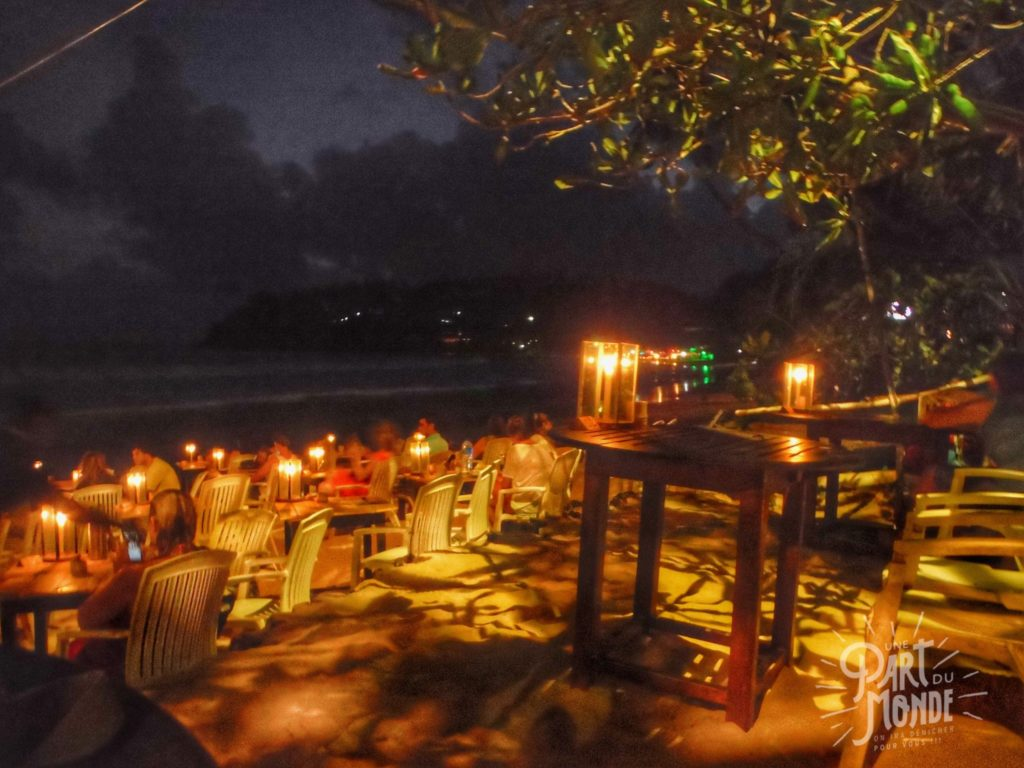 mirissa beach night