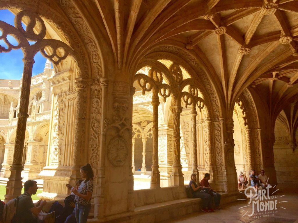 belem mosteiro dos jeronimos arches