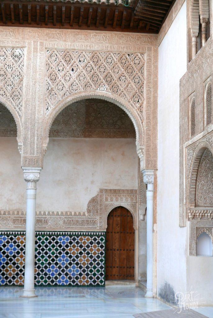 mosaique alhambra mur