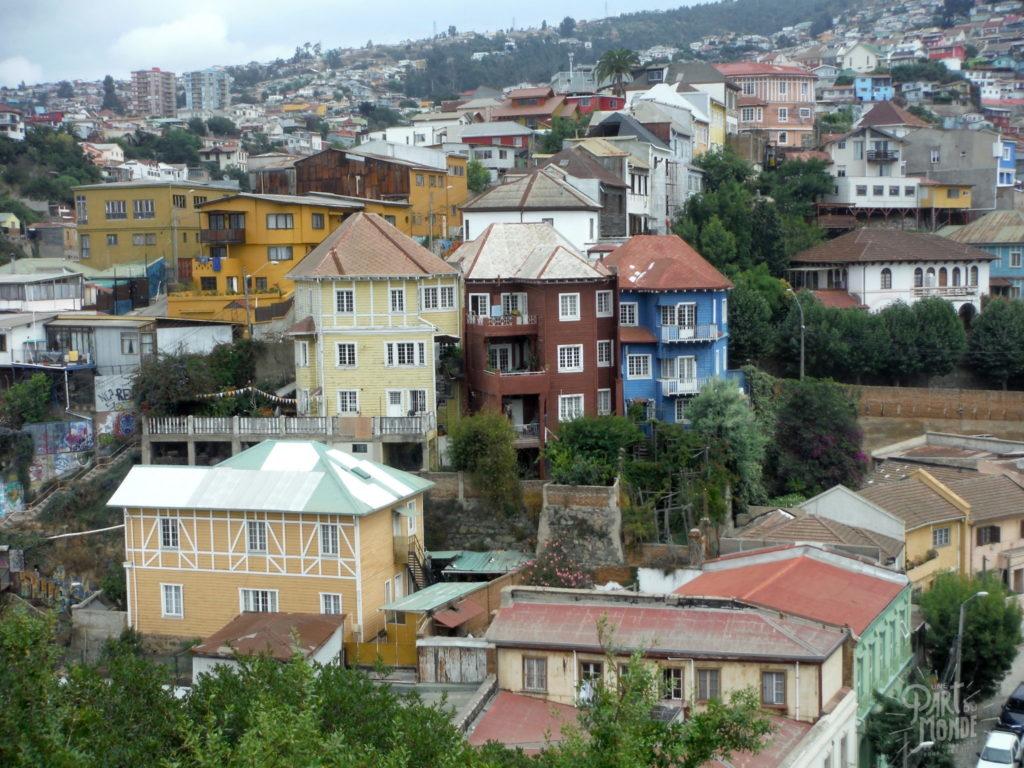 vue maison colorées valparaiso