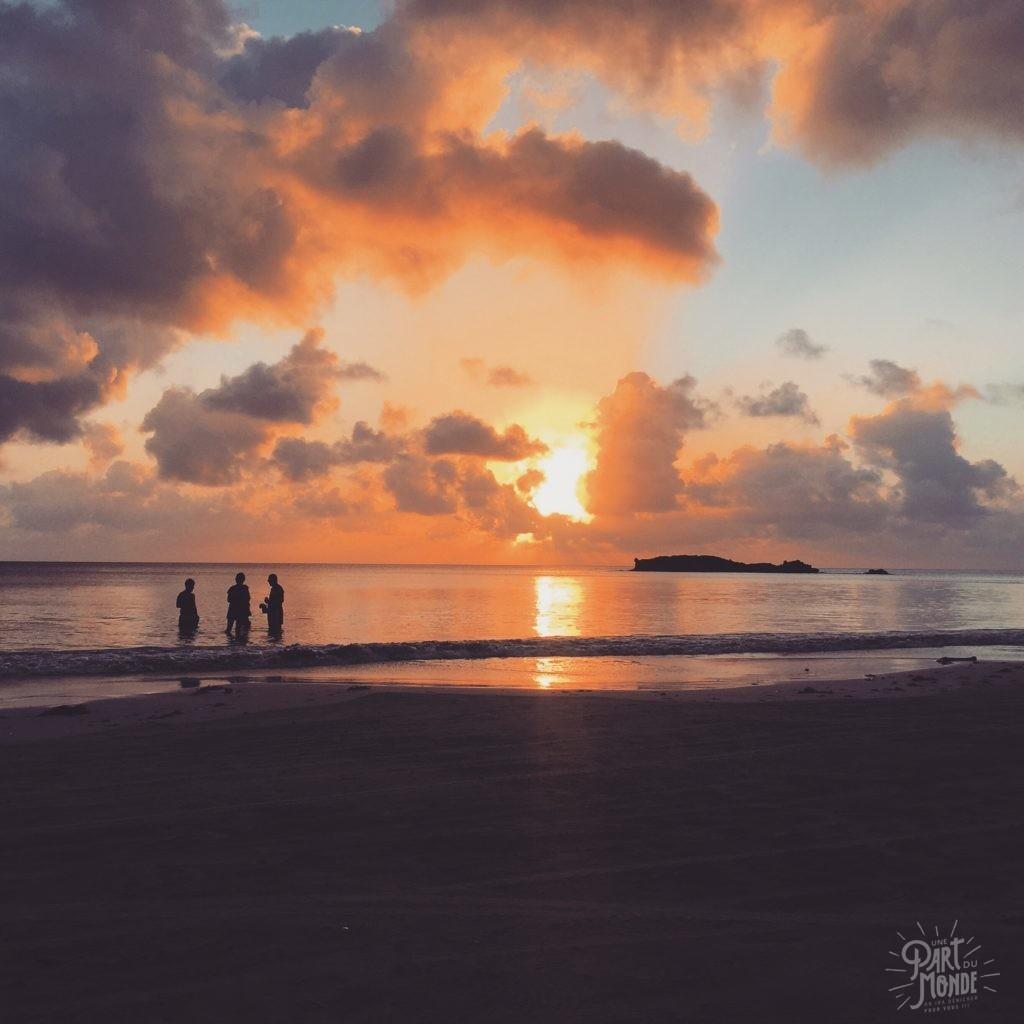 sunset providencia