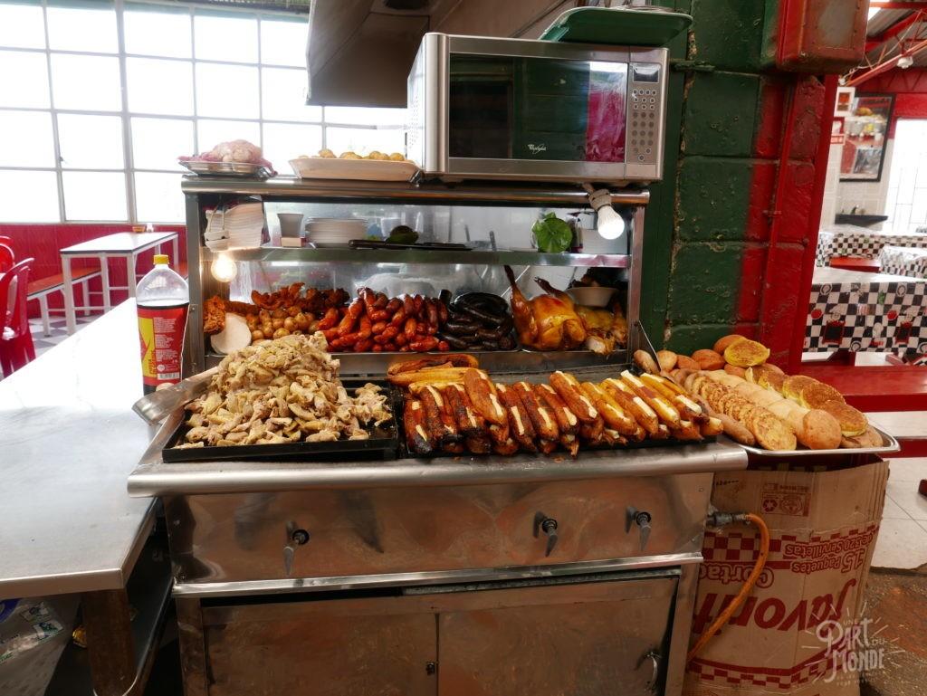 monserrate bogota food court